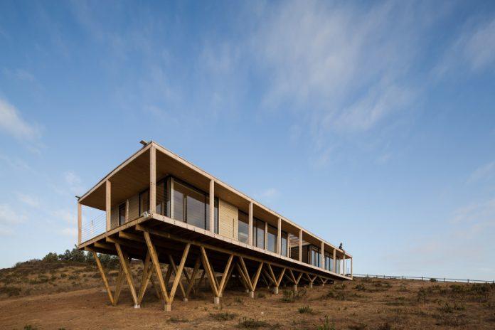 Casa Muelle by SAA Arquitectura + Territorio