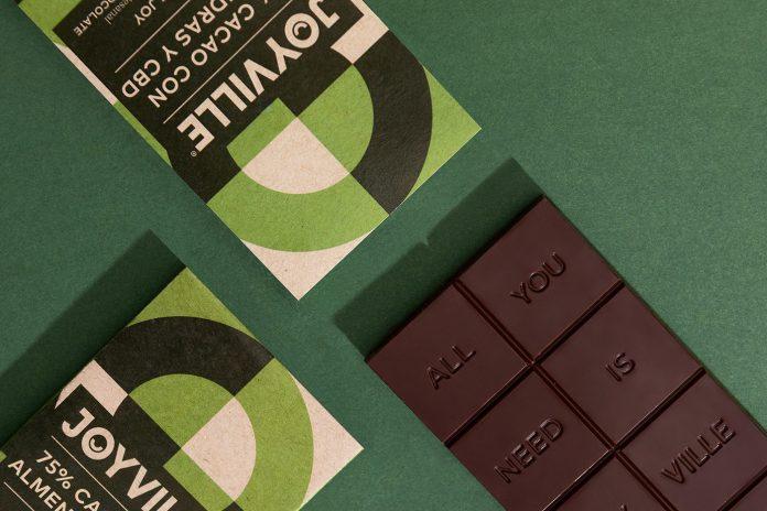 Joyville chocolate brand identity and packaging design by Parámetro Studio.
