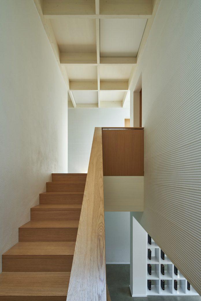 House Lhotka by SOA architekti and Richter Design