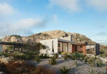 House on a cliff in Portugal by Kerimov Architects
